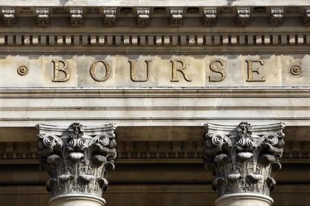 Les Bourses européennes ont ouvert sans grand changement mercredi. Le CAC 40 se reprend de 0,18% à 4.763,18 points vers 8h45 GMT. Le Dax grignote 0,06% alors que le FTSE recule de 0,23%. /Photo d'archives/REUTERS/Charles Platiau
